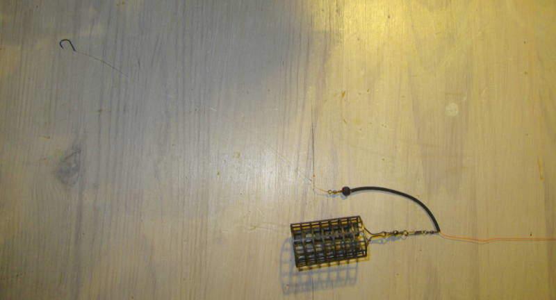 průběžná montáž s PVC hadičkou